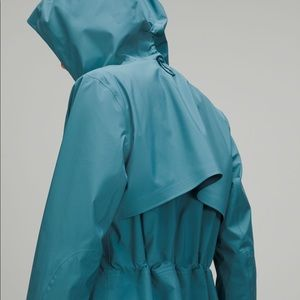 Lululemon Rain Rebel Jacket - Blue